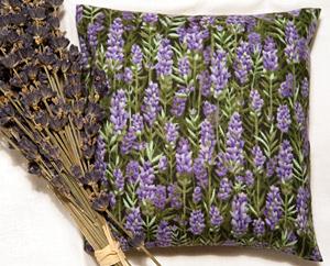Selbst gemachtes Lavendel-Kissen