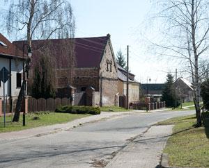 Mallnow: Ein Blick in eine Dorfstraße