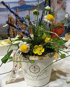 Kamille, Lavendel, Blutwurz - ebenfalls aus Kunstblumen