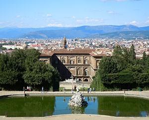 Palazzo Pitti, rückwärtig mit Blick auf Florenz