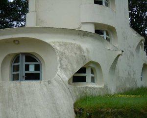 Besondere Fenster- und Türformen